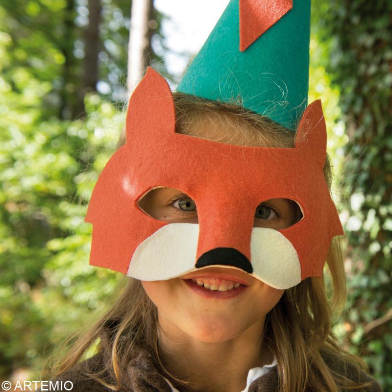 Fabriquer un masque de carnaval comment faire id es et conseils masque et d guisement - Comment faire un masque en papier ...