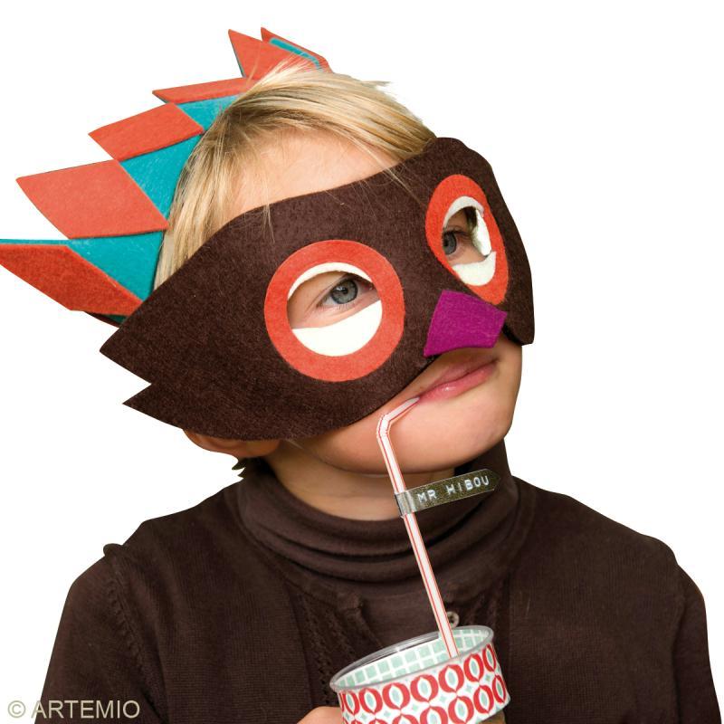 fabriquer un masque de carnaval comment faire id es. Black Bedroom Furniture Sets. Home Design Ideas