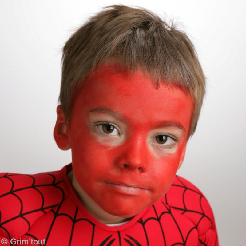 maquillage spiderman sur visage d 39 enfant id es et conseils maquillage. Black Bedroom Furniture Sets. Home Design Ideas