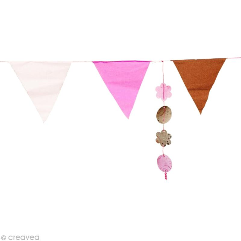 Tuto guirlande de fanion en papier cr pon et breloques de papier id es et conseils d coration - Decoration en papier crepon ...