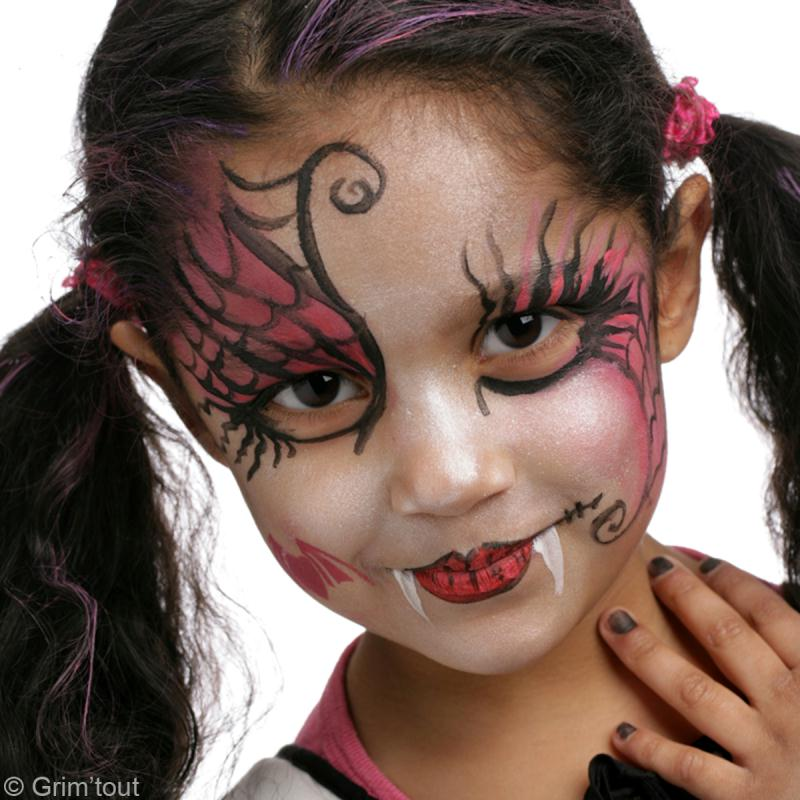 Maquillage halloween draculaura de monster high id es et conseils maquillage - Maquillage vampire petite fille ...