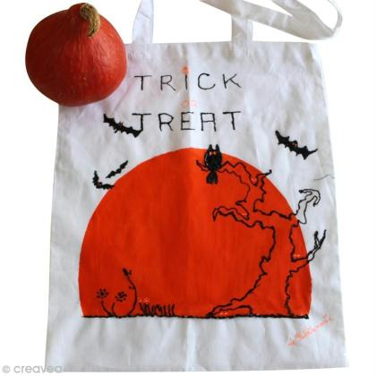 diy cr er un tote bag pour halloween id es et conseils halloween. Black Bedroom Furniture Sets. Home Design Ideas
