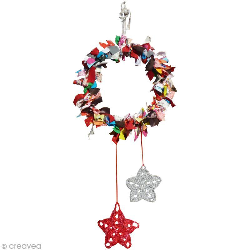 ... Accueil > Idées créatives > Idées Noël > Couronne de Noël Bohème
