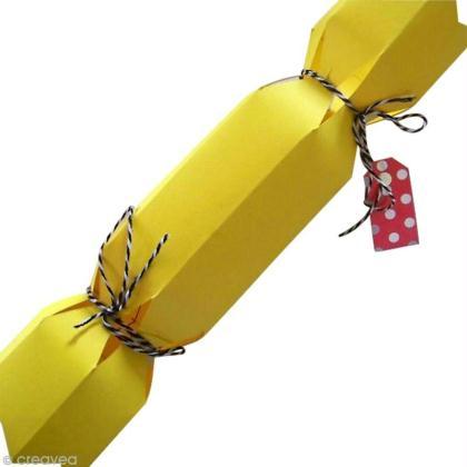 tuto emballage crackers surprise id es et conseils paquet cadeau. Black Bedroom Furniture Sets. Home Design Ideas