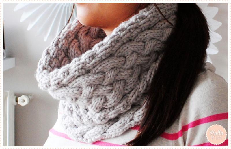 Tricoter un snood femme : torsades et point granité - Idées et conseils Crochet et tricot