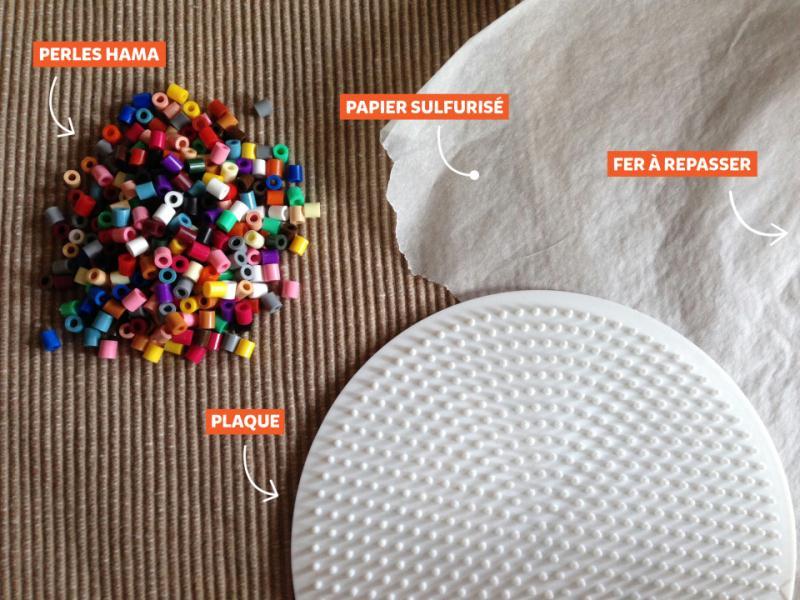 diy simple fabriquer des dessous de verre en perles hama id es et conseils perles repasser. Black Bedroom Furniture Sets. Home Design Ideas