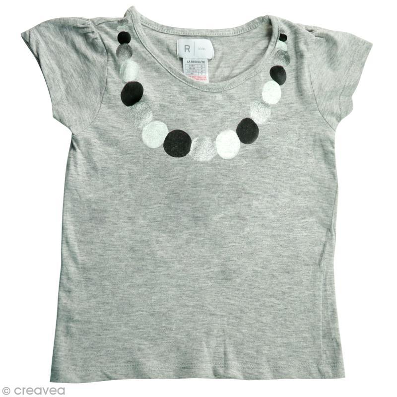 diy customiser un tee shirt pour petite fille id es et conseils customisation. Black Bedroom Furniture Sets. Home Design Ideas