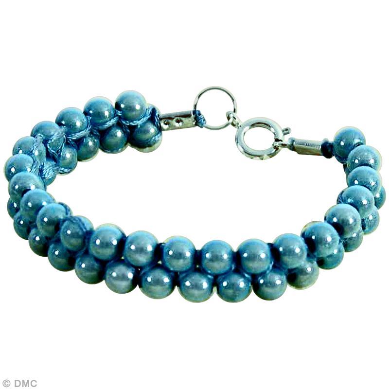 bracelet macram et perles le tuto id es et conseils perles et bijoux. Black Bedroom Furniture Sets. Home Design Ideas