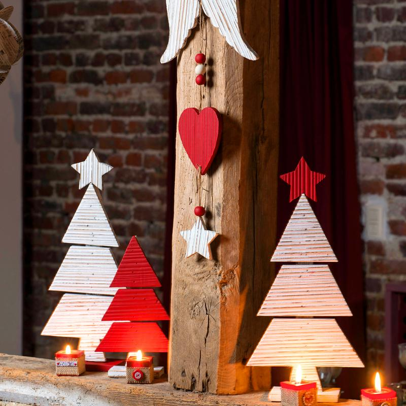 Cr ation d co de no l sapins en bois id es et conseils for Fabrication decoration de noel