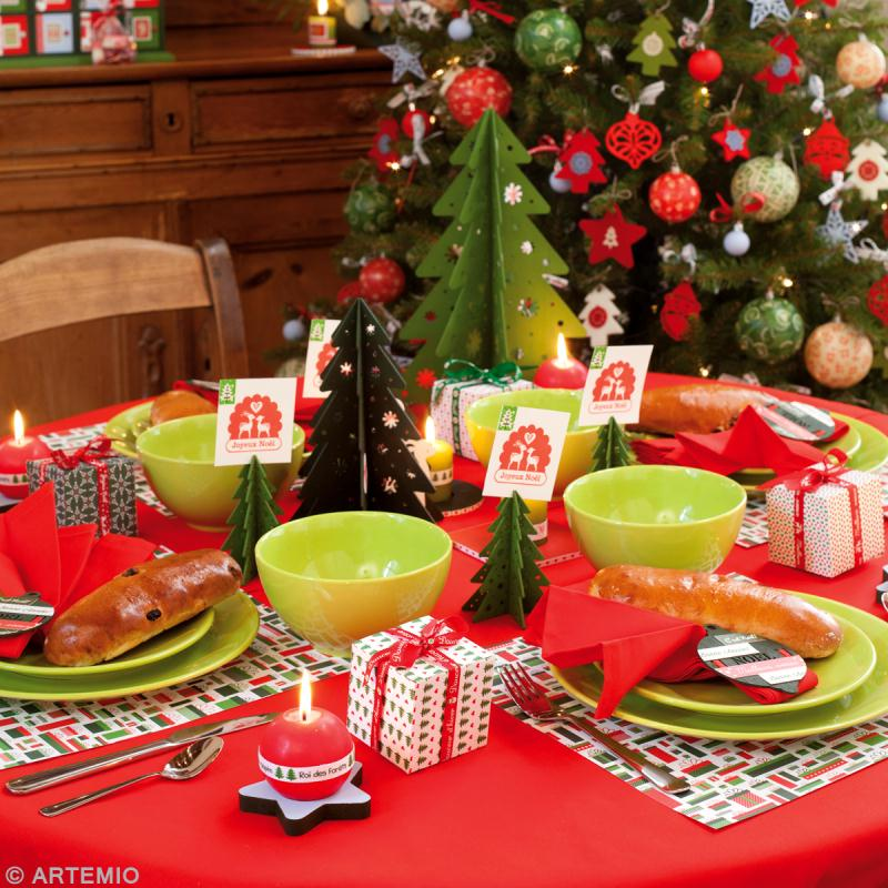 D coration de table de no l rouge et vert id es et - Decorations de table pour noel ...