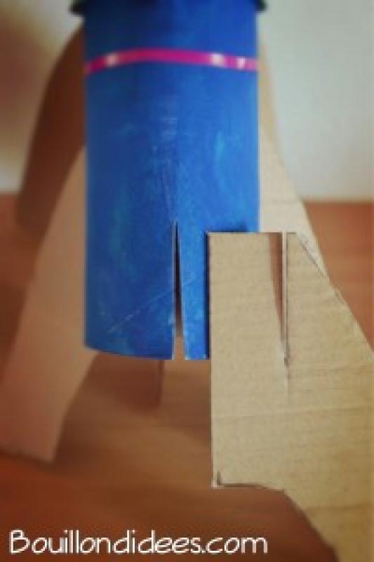 bricolage enfant facile fabriquer une fus e avec des rouleaux recycl s id es et conseils. Black Bedroom Furniture Sets. Home Design Ideas