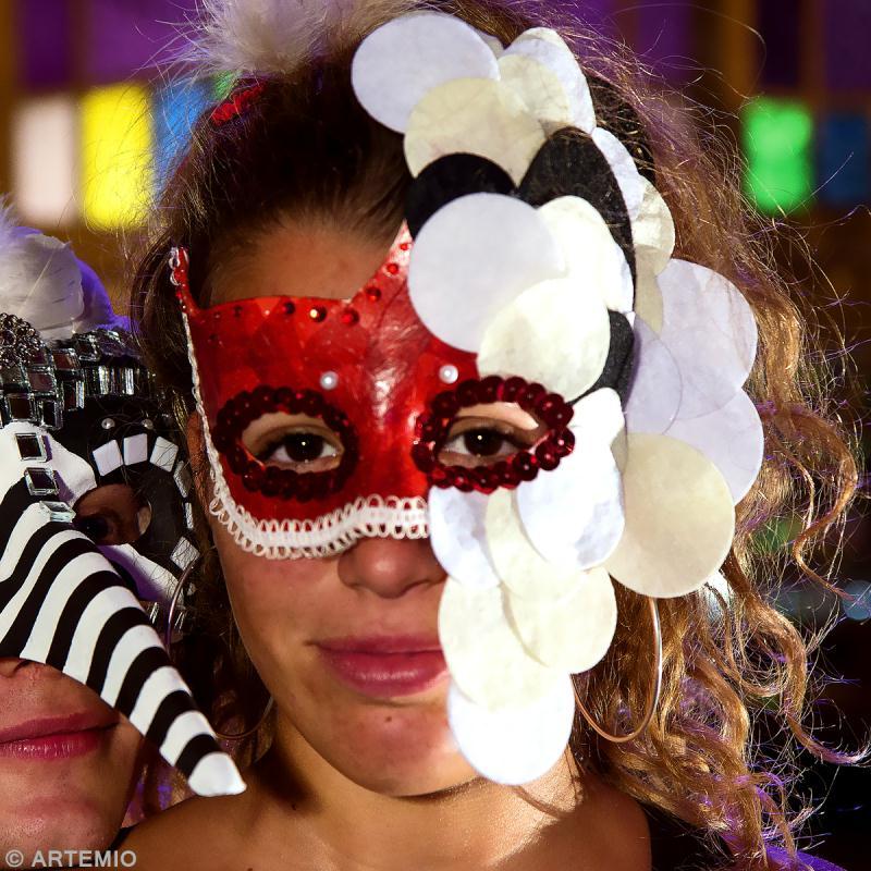 masque de carnaval faire soi m me princesse aux confettis id es et conseils carnaval. Black Bedroom Furniture Sets. Home Design Ideas