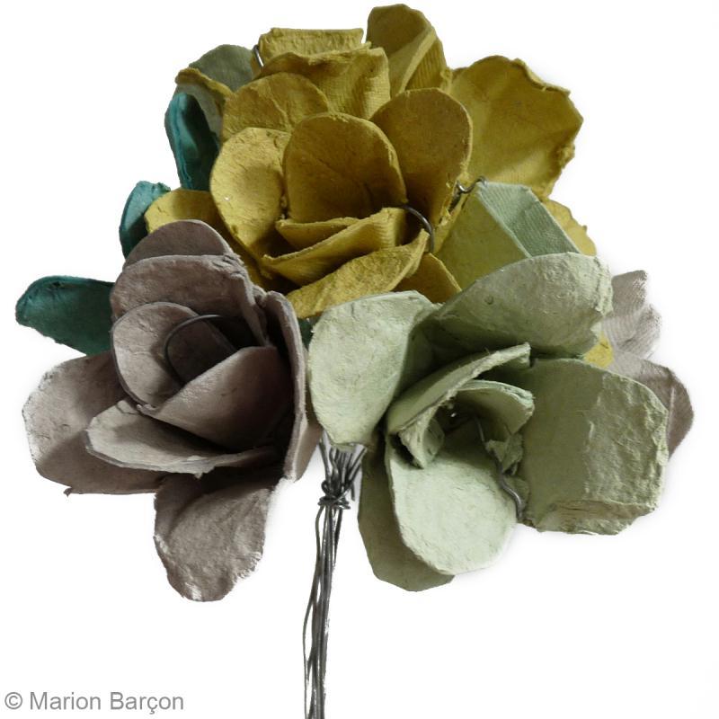 bouquet de fleurs r cup 39 en bo te oeufs id es et conseils r cup ration recyclage. Black Bedroom Furniture Sets. Home Design Ideas