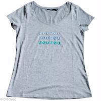 DIY T-shirt personnalisé avec lettres en feutrine