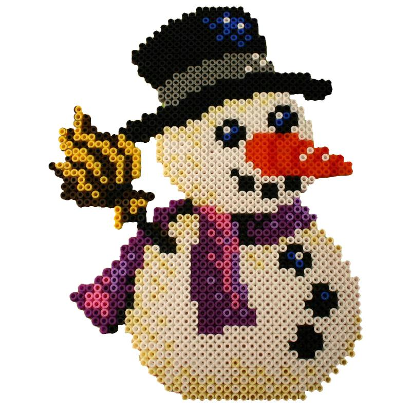 Bonhomme de neige en perles repasser hama special noel id es et conseils perles repasser hama - Modele bonhomme de neige ...