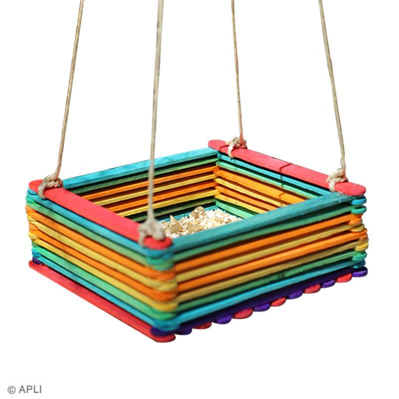 Activité manuelle enfant > DIY Fabriquer une mangeoire pour oiseaux ~ Fabriquer Mangeoire Oiseau Bois