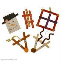 Bricolage de Noël pour enfant : Déco de sapin en bâtonnets