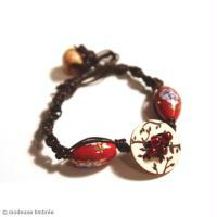 DIY Bijou : Bracelet rouge tendance