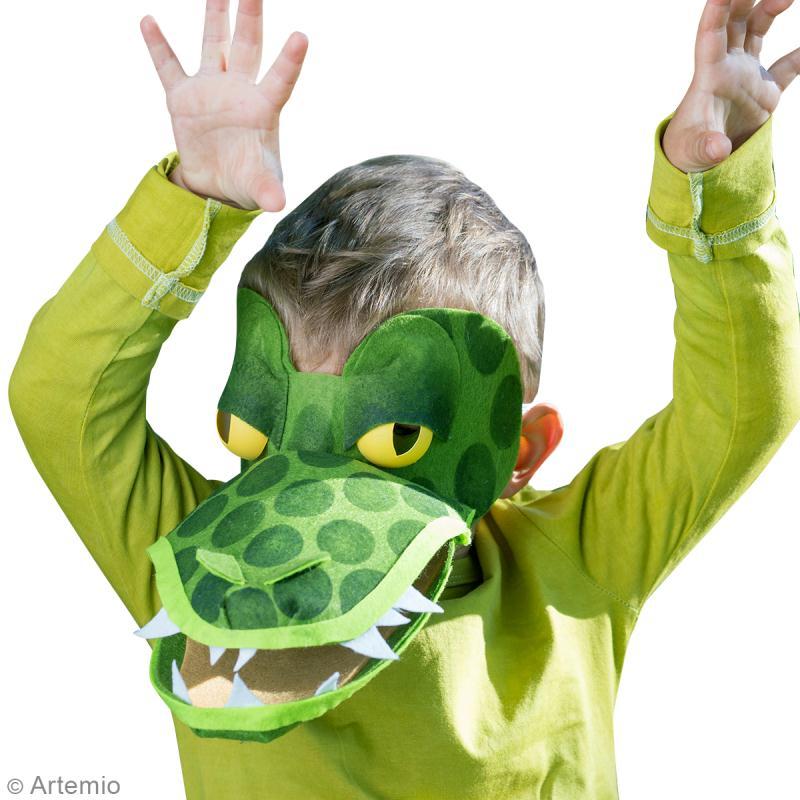 Bricolage carnaval masque de crocodile facile avec - Masque de carnaval a fabriquer ...