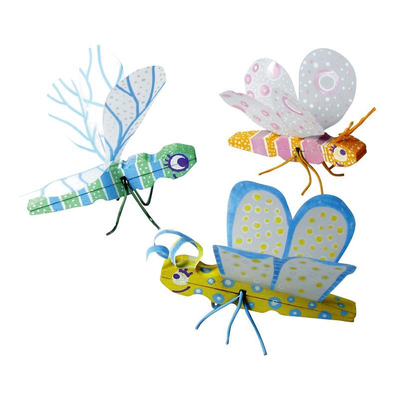 Marqueurs posca petites b tes et autres papillons id es - Activite manuelle avec pinces linge bois ...