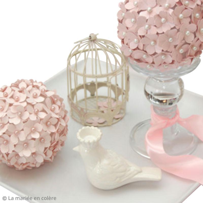diy boule de fleurs en papier id es et conseils. Black Bedroom Furniture Sets. Home Design Ideas