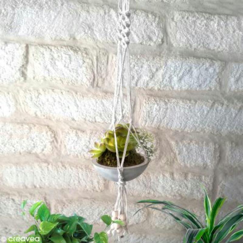 Suspension macram pour plantes id es et conseils home - Comment faire une suspension en macrame ...