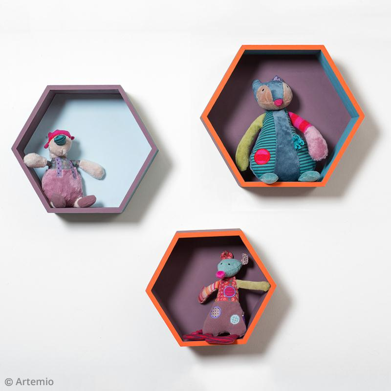diy rangement etag res hexagonales id es et conseils d coration. Black Bedroom Furniture Sets. Home Design Ideas