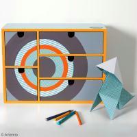 Customiser un petit meuble de rangement