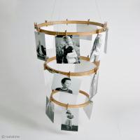 DIY Home Deco : Mobile photo avec des cadres tambours à broder
