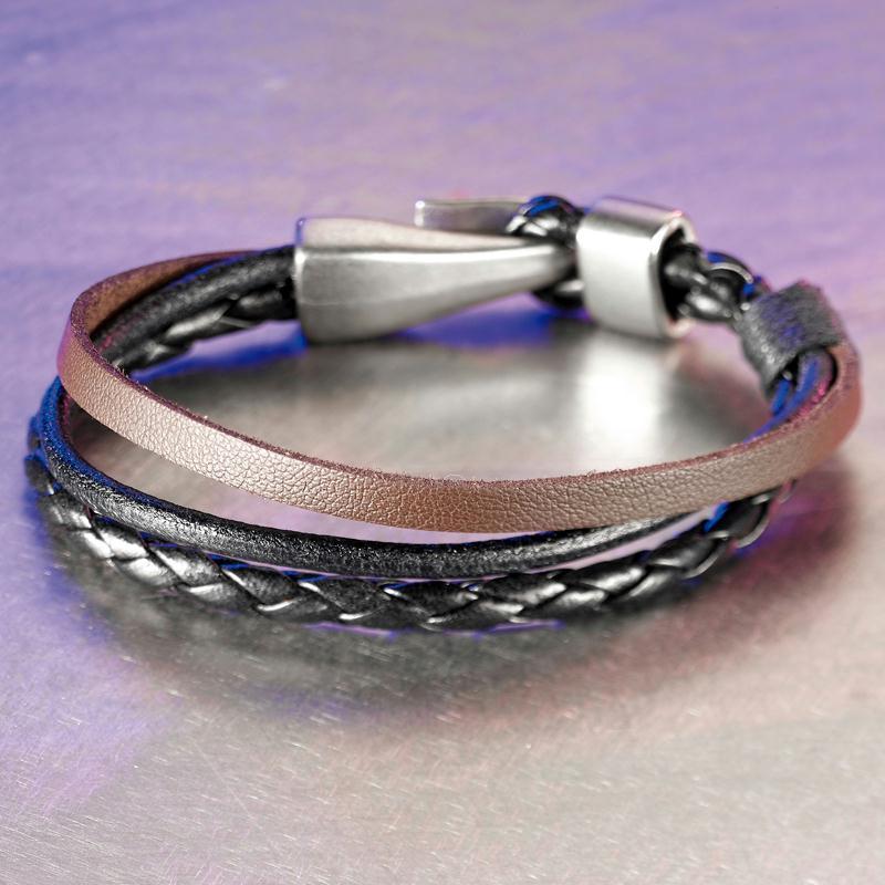 bracelet cuir 3 lani res id es et conseils perles et bijoux. Black Bedroom Furniture Sets. Home Design Ideas