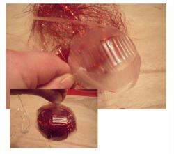 Faire une boule de no l en recyclage id es et conseils - Grosses boules de noel exterieur ...