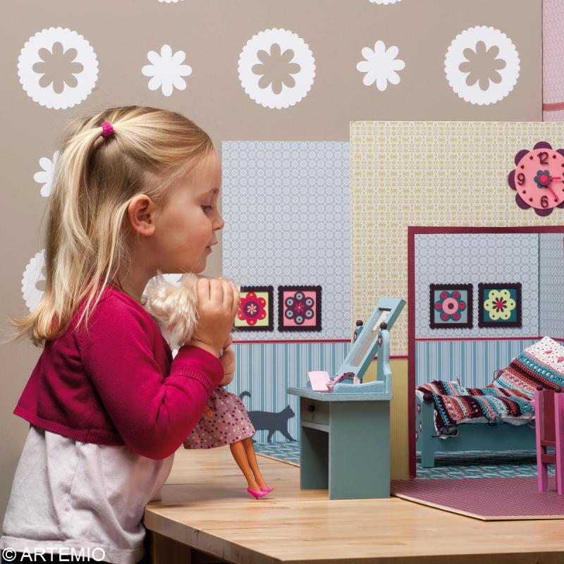 d corer une maison de poup e barbie id es et conseils. Black Bedroom Furniture Sets. Home Design Ideas