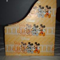 Range-magazines avec Mickey