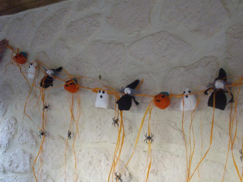 Guirlande d 39 halloween cr ations d coration de f tes de casamance n 2892 - Guirlande d halloween ...