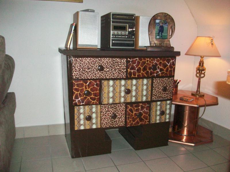 Meuble en carton marron cr ations meuble en carton de for Creation meuble carton