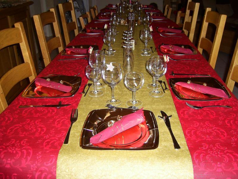 D Coration De Table De Noel 2009 En Rouge Et Or
