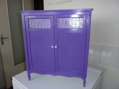 meuble pour vetement de poupee en acrylique violet cr ation peinture multi supports de. Black Bedroom Furniture Sets. Home Design Ideas