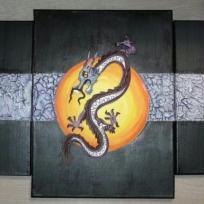 Dragon sur fond noir et argent
