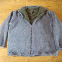 Veste grise et verte à fermeture éclair- tricotée main