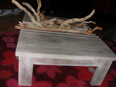 Table basse et bois flott cr ation meuble en carton de anne1963 n 36 776 vue 7 631 fois for Peinture effet bois flotte