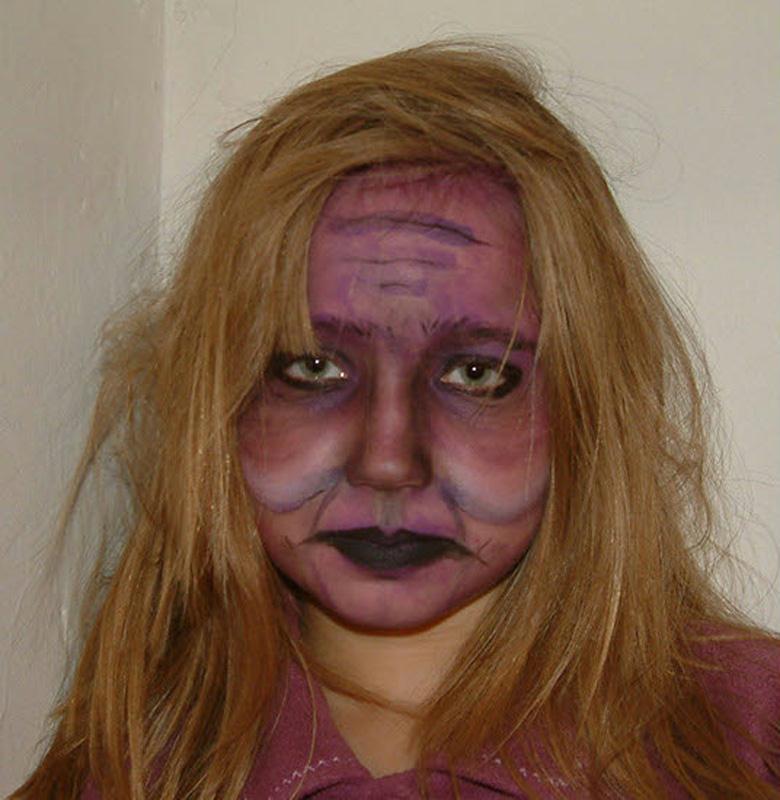 halloween enfant la sorci re violette cr ations. Black Bedroom Furniture Sets. Home Design Ideas