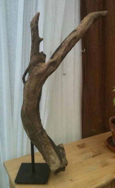 Un lan sculpture en bois flott cr ation sculpture de for Bois flotte techniques