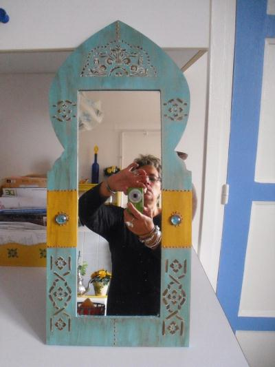 Miroir oriental bleu et jaune cr ation pochoir de athena for Miroir oriental