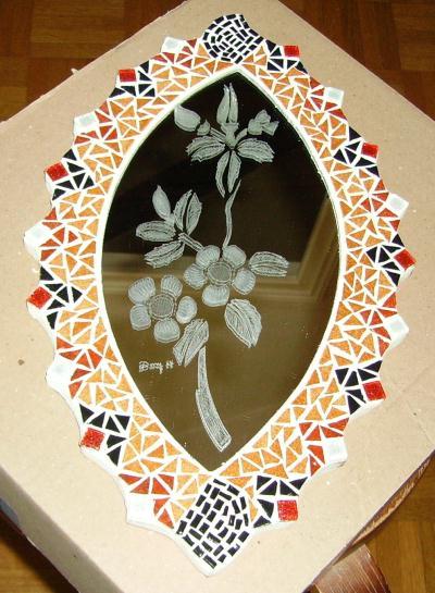 Miroir ovale en mosa que et gravure sur verre cr ation mosa que de mosamil4 - Mosaique de miroir casse ...