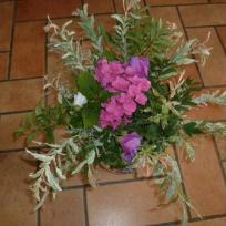 Bouquet vert et rose du jardin