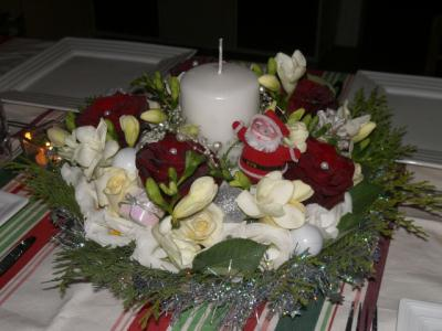 Un centre de table pour noel 2011 cr ation art floral de - Centre de table noel ...