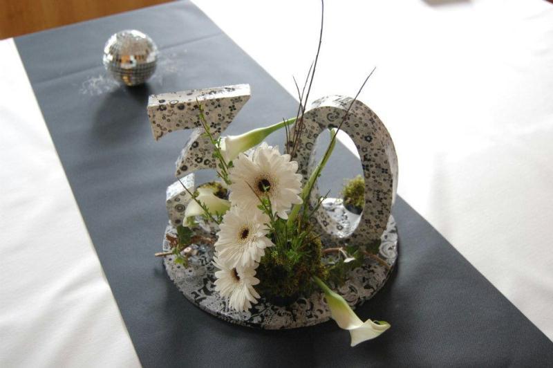 mod le composition florale un cadeau original pour les 30ans cr ations art floral de. Black Bedroom Furniture Sets. Home Design Ideas