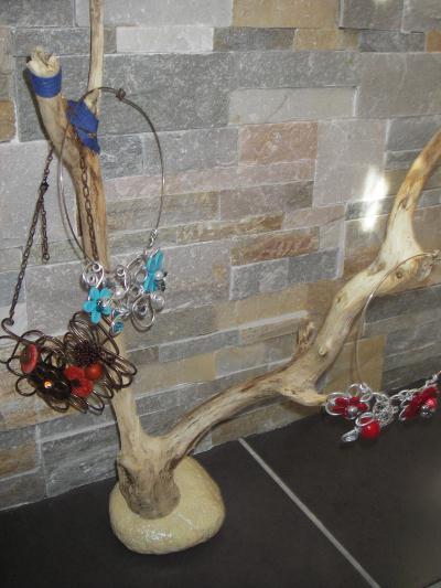 cr ation porte bijoux en bois flott cr ation d coration. Black Bedroom Furniture Sets. Home Design Ideas