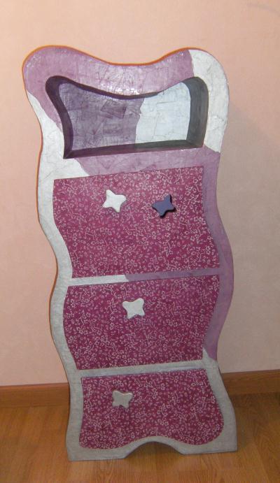 Cr ation meuble en carton violet argent cr ation meuble for Creation meuble carton