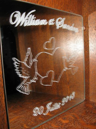 Cr ation de gravure sur miroir souvenir pour un mariage for Gravure sur miroir